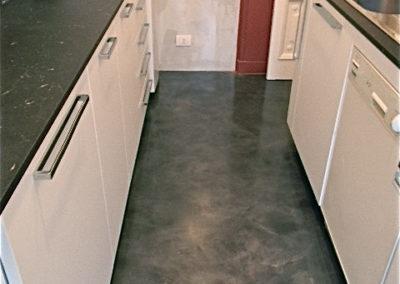 Pavimento e parete cucina in resina epossidica